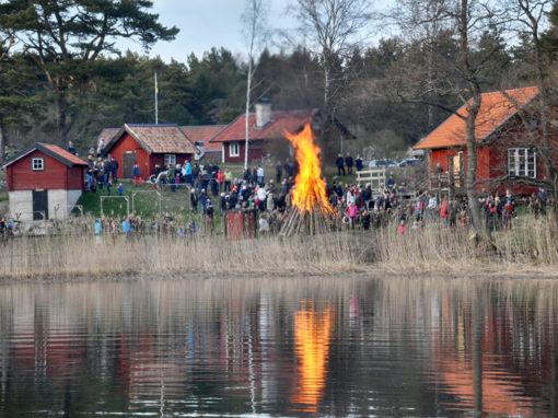 Valborgsfirande på Grytholmen, Muskö